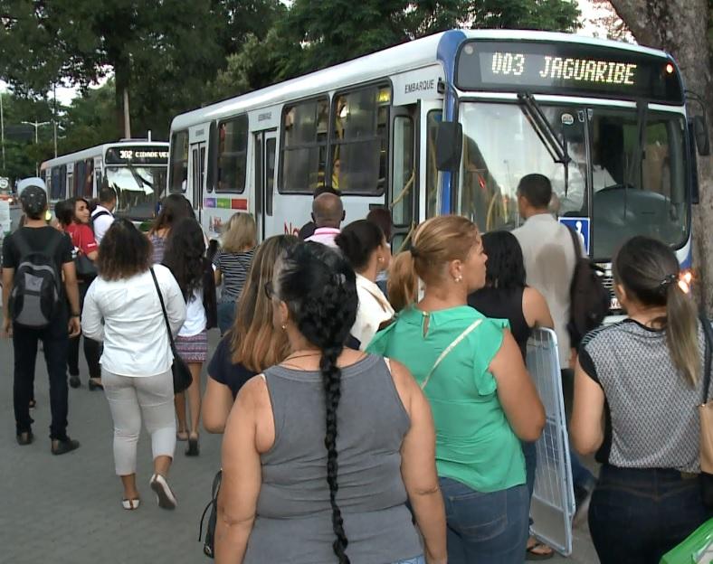 Circulação de ônibus