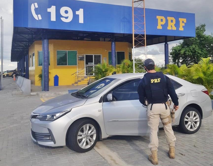 Veículo roubado PRF